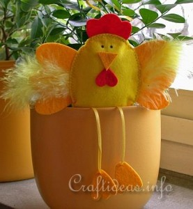 Easter_Craft_-_Felt_Craft_-_Felt_Hen_Flower_Pot_Sitter